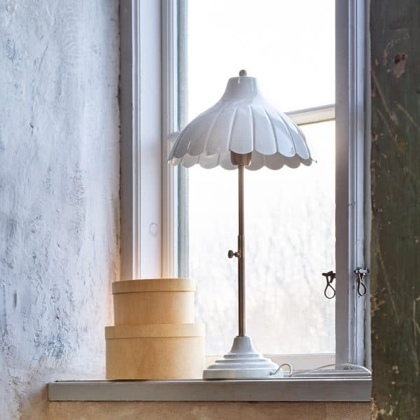 bordslampa Annie vit Strömshaga