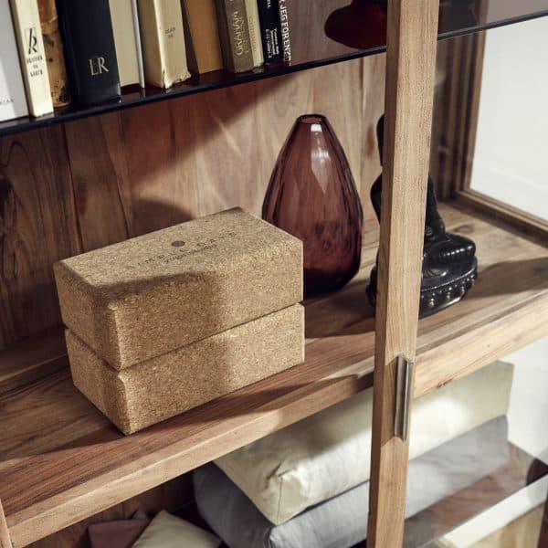 vitrinskåp Amber möbler Nordal